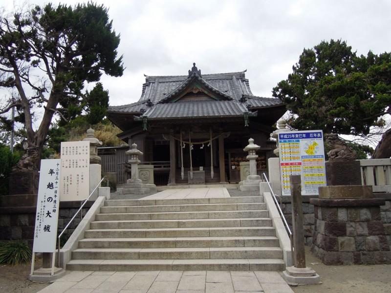 葉山 森戸神社 拝殿と本殿