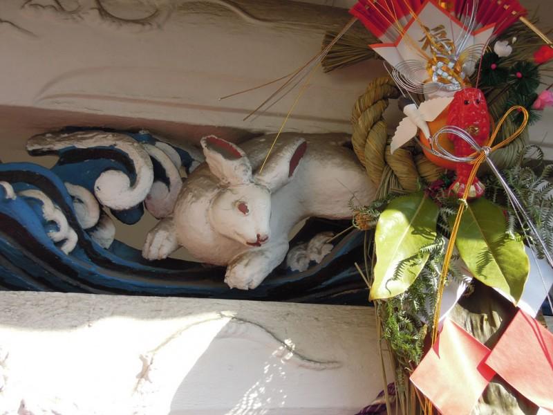 木更津 白弁天 厳島神社 向背 白兎(左)
