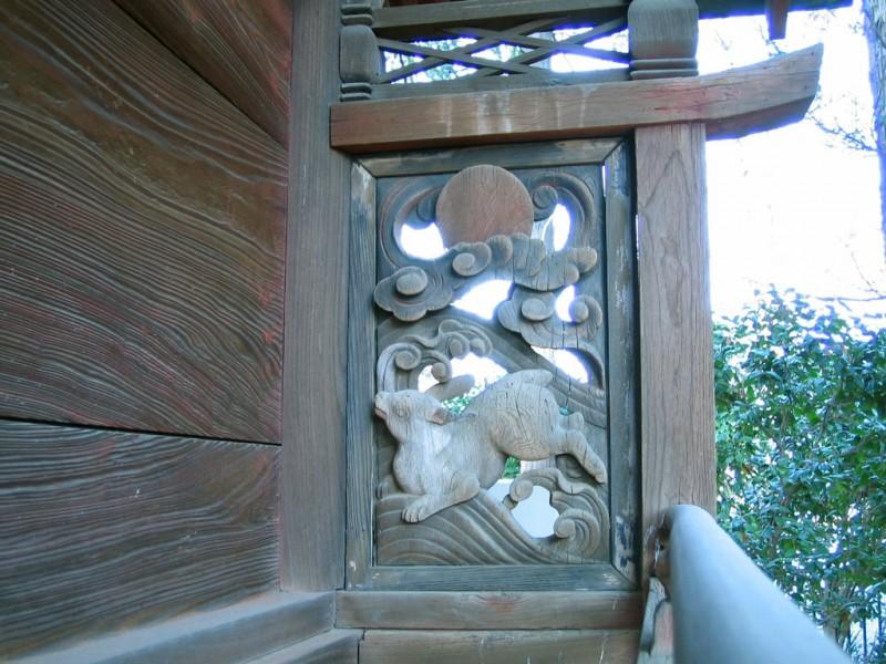 調神社 2014年 初詣 境内稲荷社 奥側 兎欄間(右)