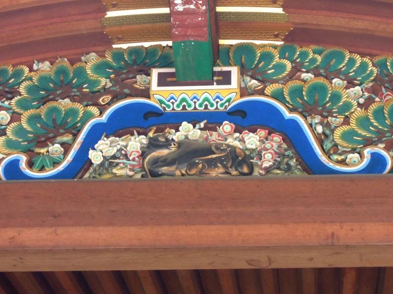 湯島天神 拝殿蟇股の牛