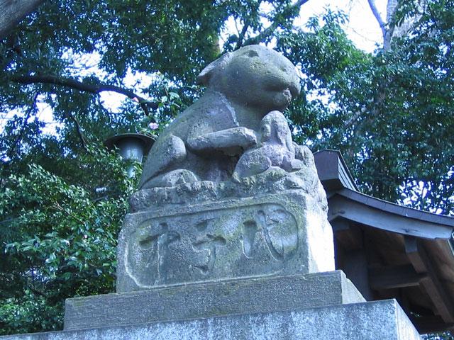 神兎研 うらわの調ちゃん  調神社  狛兎