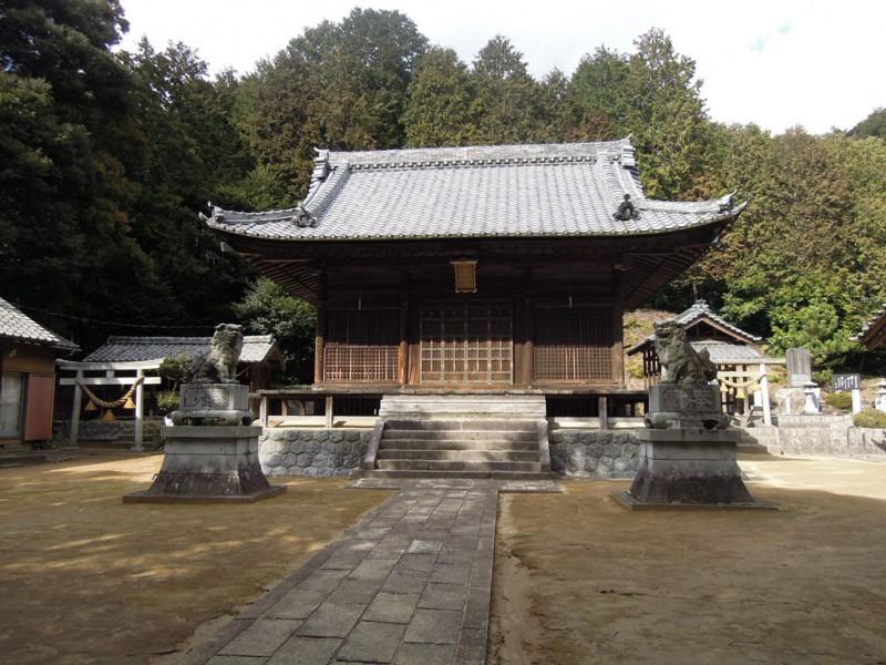 相楽神社(兎上神社) 社殿