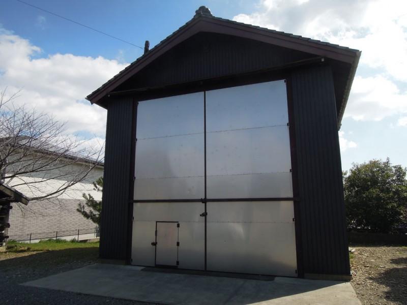菟足神社 山車庫
