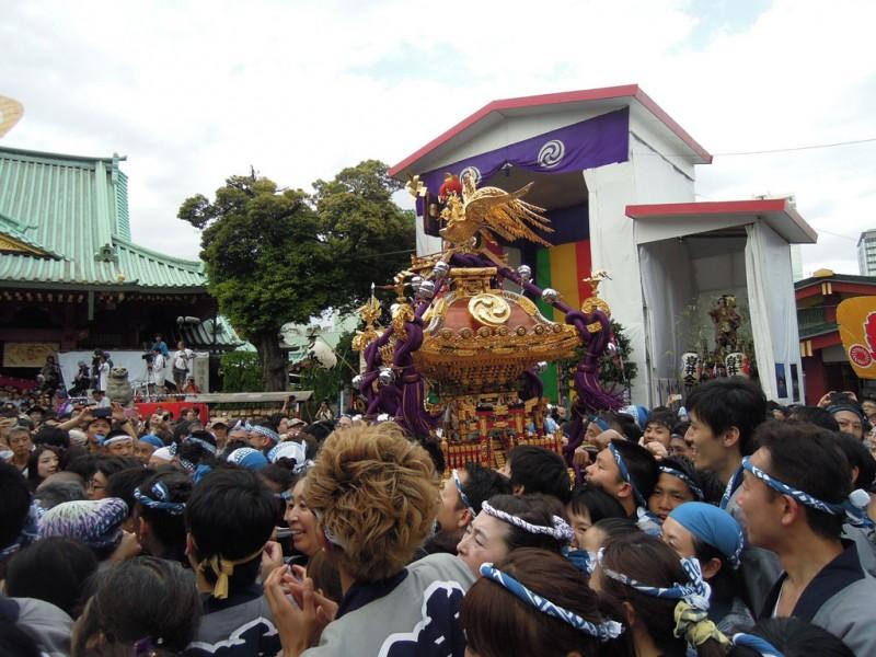 神田祭 2015年 神田明神 神輿入り
