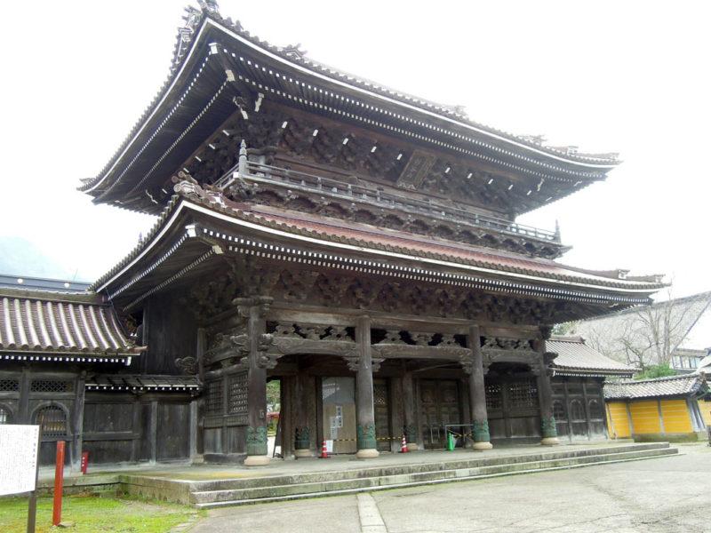 井波 瑞泉寺 山門