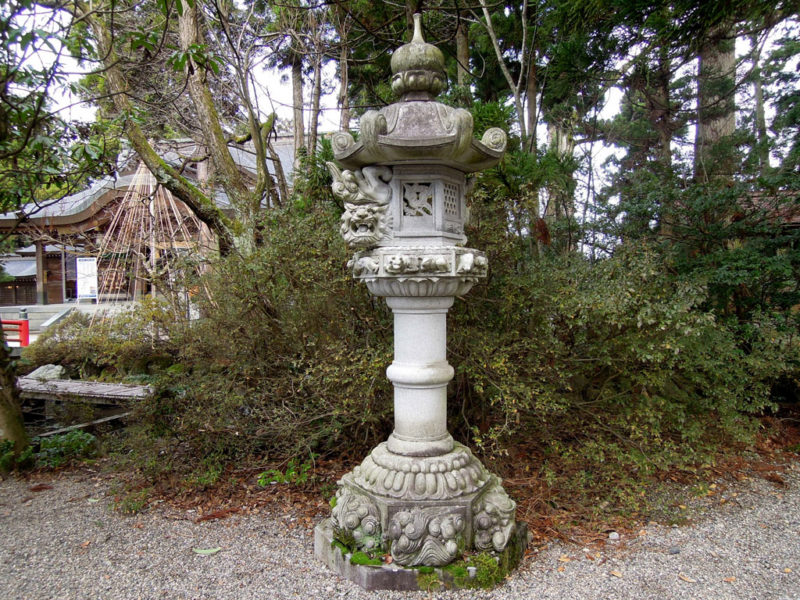 高瀬神社 石灯籠