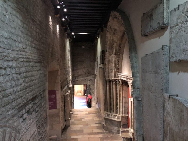 クリュニー中世美術館 通路