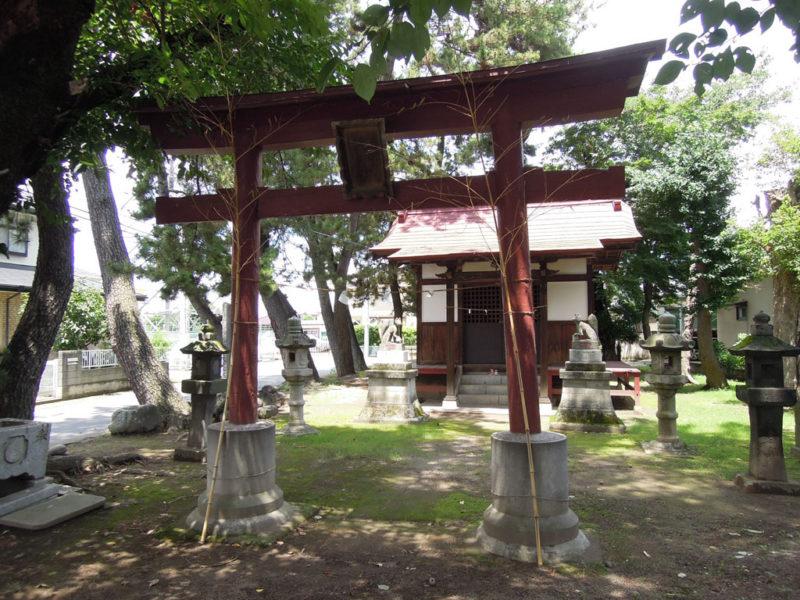 稲荷神社 (稲荷新田町) 鳥居