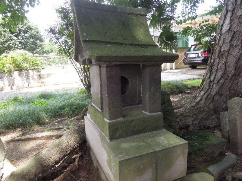 稲荷神社 (稲荷新田町) 石祠