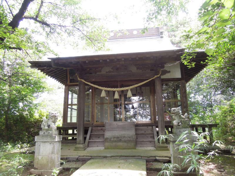 島名神社(元島名町) 拝殿