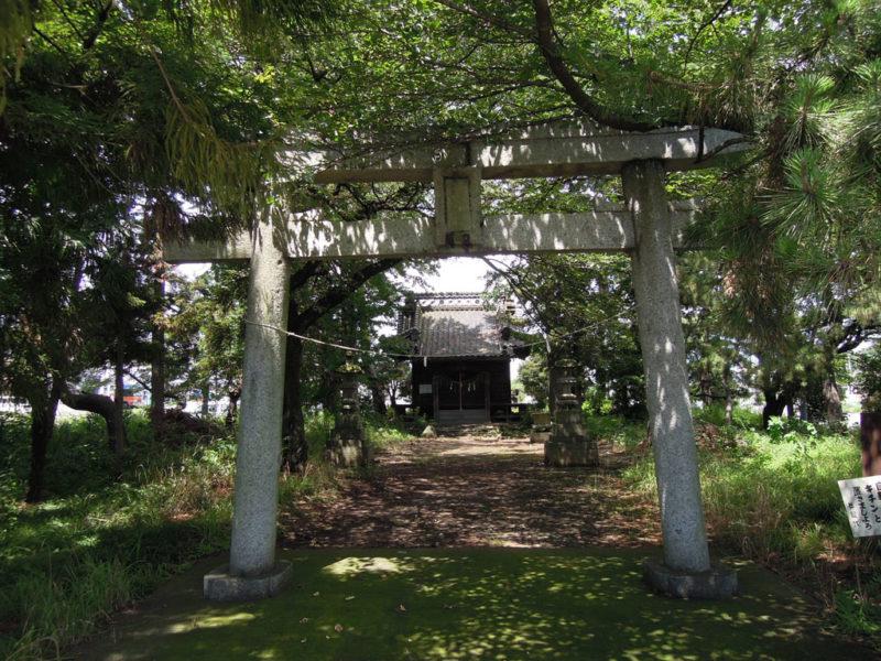 大住神社(南大類町) 境内・鳥居