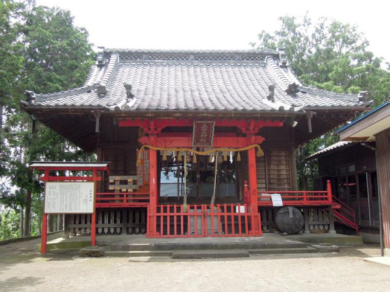 五霊神社(貝沢町) 拝殿