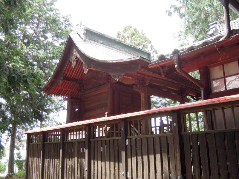 五霊神社(貝沢町) 本殿