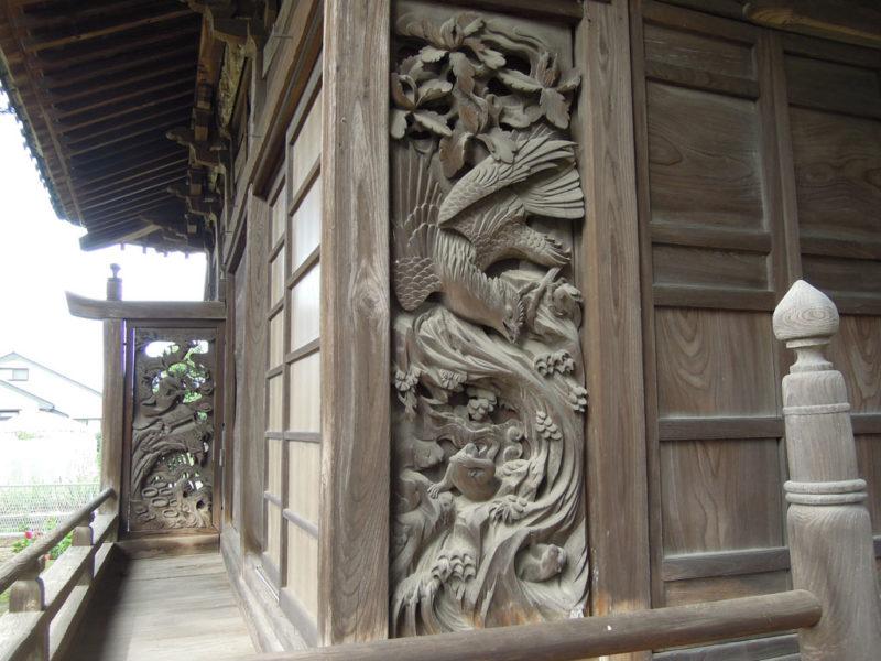 飯玉神社(中尾町) 拝殿彫刻