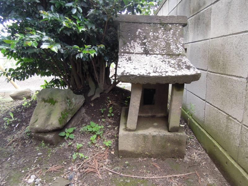 飯玉神社(中尾町) 石祠