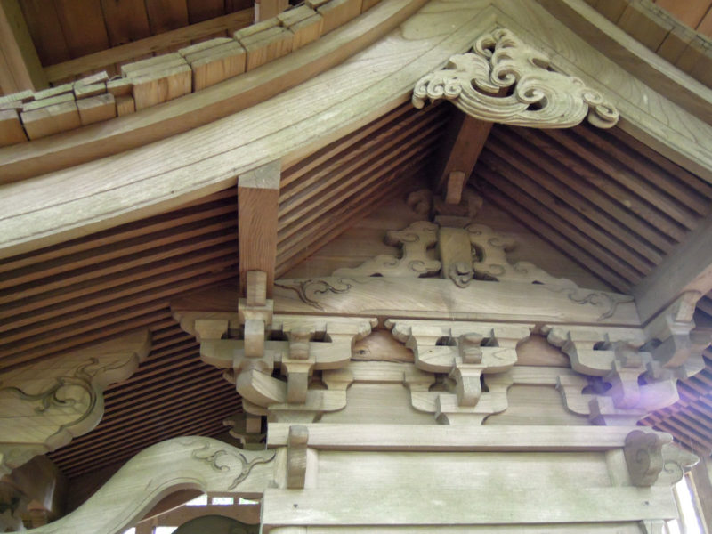 星神社(東和泉城)本殿装飾